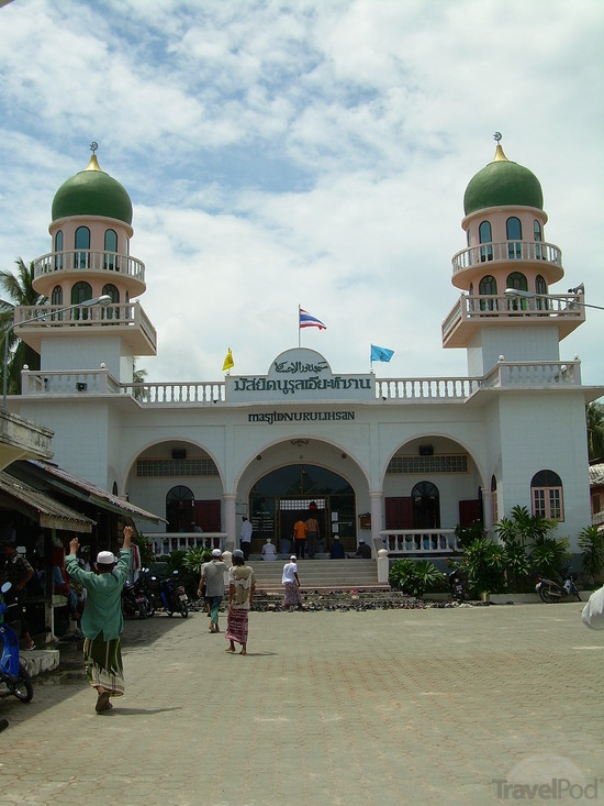 masjid-nurul-ihsan-at-hua-thanon-surat-thani